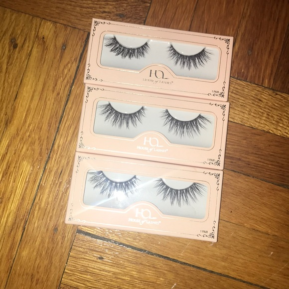 fbb3006b96a Makeup | New House Of Lashes Iconic Lite Falsies | Poshmark